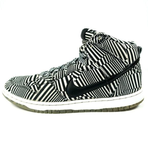 official photos 74511 364d8 Nike Dunk High Premium SB Concept Car Sneakers